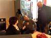Gihef et Renaud en pleine discussion avec la graphiste