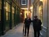 Les bâtiments de la City font face au plus vieux pub d'Angleterre