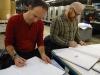 Benoit Fripiat, éditeur, et Yoann en pleine concentration...
