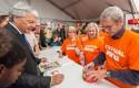 Visite de Didier Reynders, Vice-Premier Ministre et Ministre des Affaires étrangères, et des Affaires européennes, au Festival SPIROU
